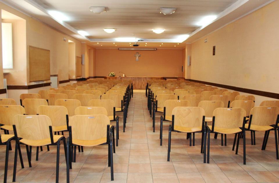 sala convegni - assisi